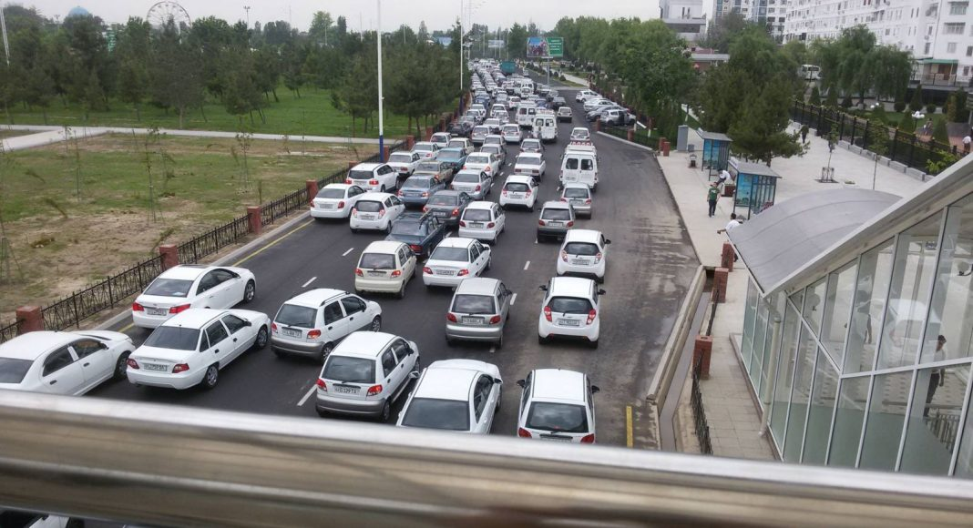 Пробка в Ташкенте