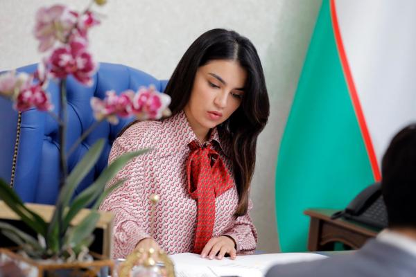 Саида Мирзиёева, заместитель директора Агентства информации и массовых коммуникаций при администрации президента, опубликовала в своем Instagram-аккаунте поздравление с Днем работников печати и средств массовой информации.