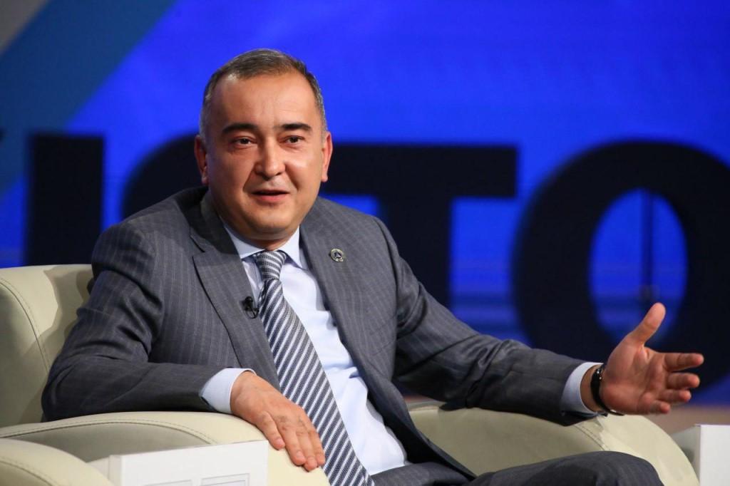 Хоким (мэр) Ташкента Джахонгир Артыкходжаев на заседании Международного пресс-клуба