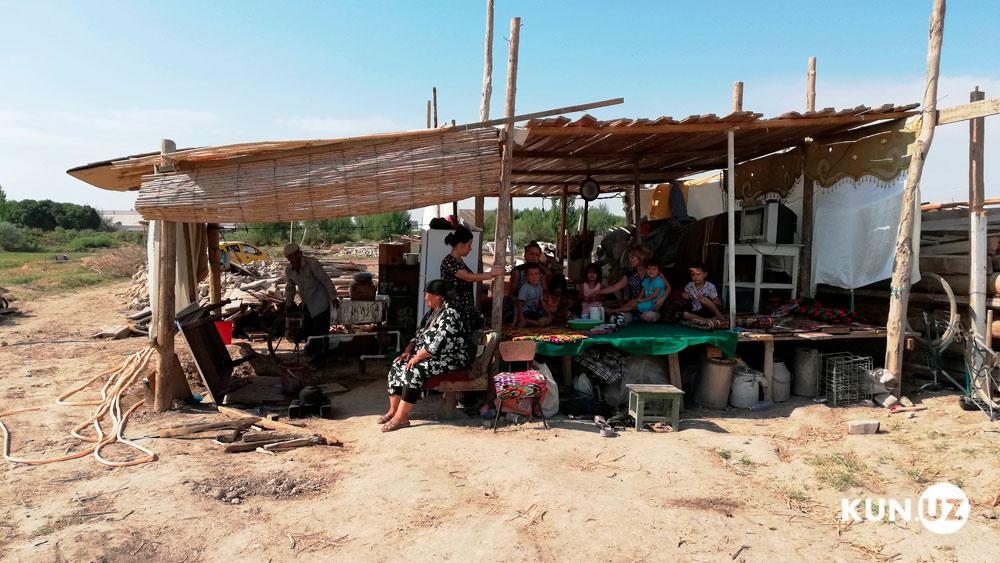 Жители махалли Ашхабад остались без домов
