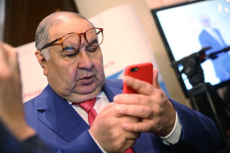 Алишер Усманов заработал 2 млрд рублей на прослушке россиян по заказу ФСБ