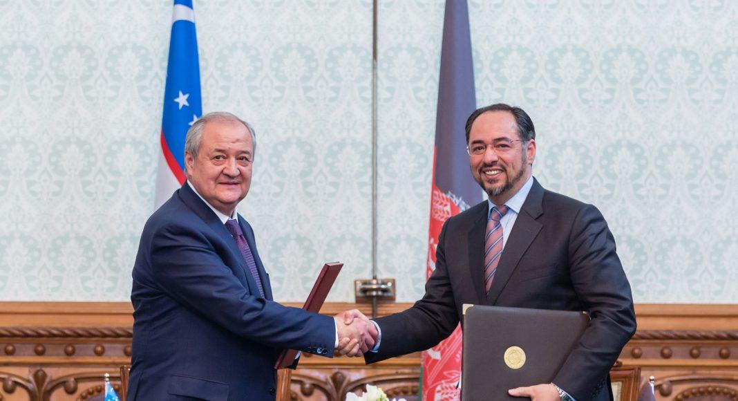 """Министр иностранных дел Абдулазиз Камилов объяснил важность проектов в Афганистане:«Миллиардные средства Афганистана """"крутятся"""" в ОАЭ. Они хотят сотрудничать с нами»."""