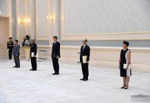 Шавкат Мирзиёев принял верительные грамоты новых послов Афганистана, Индии, Великобритании, Японии и Франции.