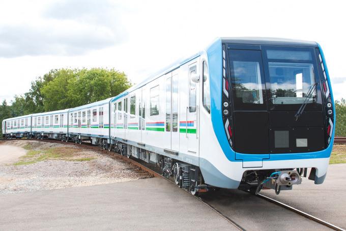 Ташкент обзавелся новыми вагонами метро