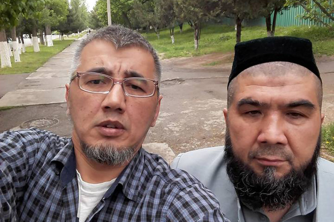 Рустамбек Каримов (слева) и Тулкун Астанов
