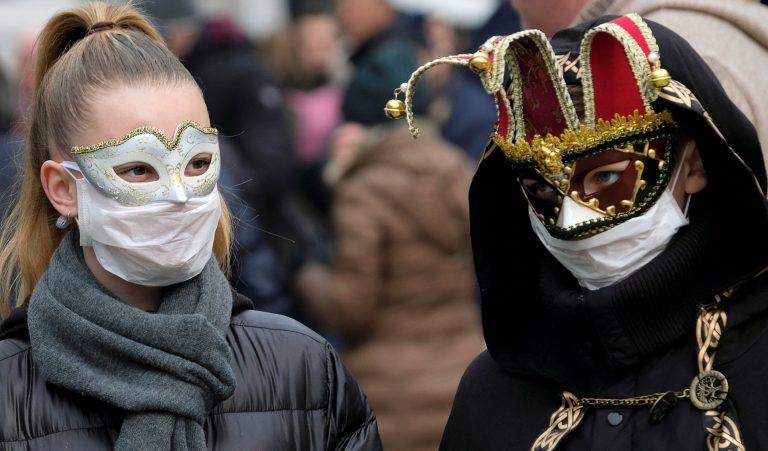 Коронавирус в Италии: 100 тысяч человек на карантине, Неделя моды без зрителей, закрыта «Ла Скала», карнавал отменяется