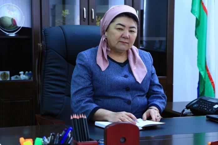 Дульфуза Уралова в настоящее время является единственной женщиной-хокимом в Узбекистане