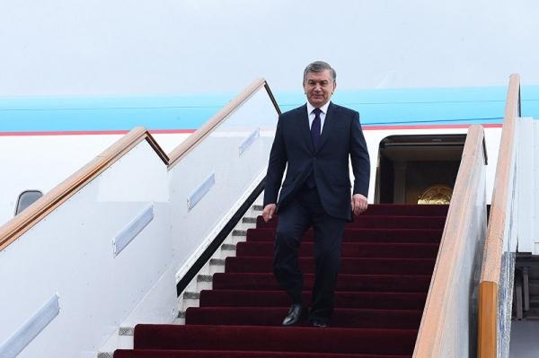 Президент посетит Россию