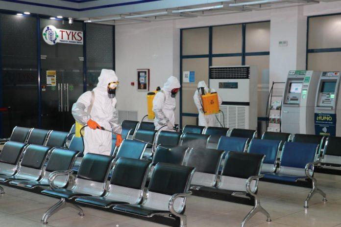 Коронавирус в Узбекистане дезинфекция вокзалов, самолетов, аэропортов и общественного транспорта. Карантин в Ташкенте