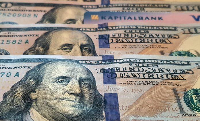 Купить доллары США в банке стало проблемой