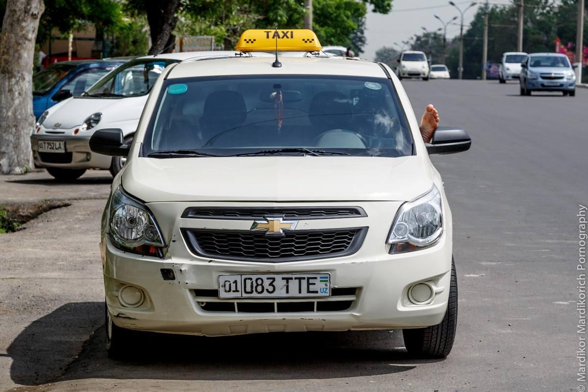 Автомобиль такси в Ташкенте / фото: Mardikor Mardikorich