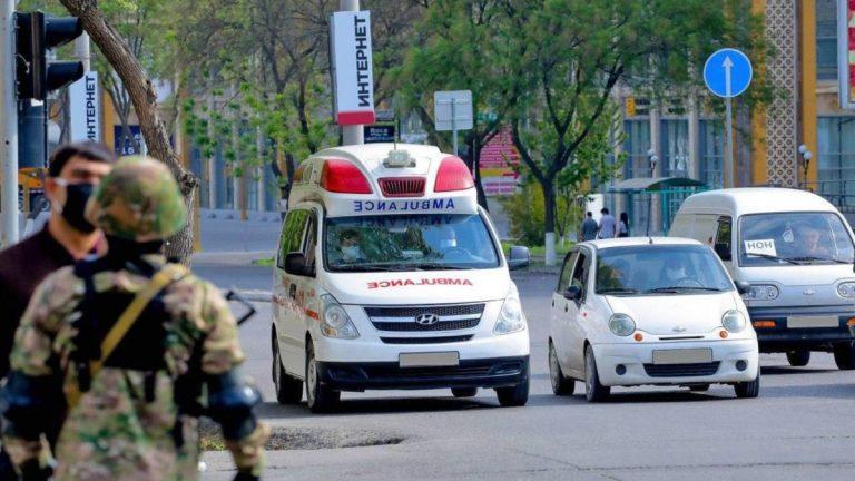 В Ташкенте усиливается карантин. С 23:00 до 07:00 вводится комендантский час